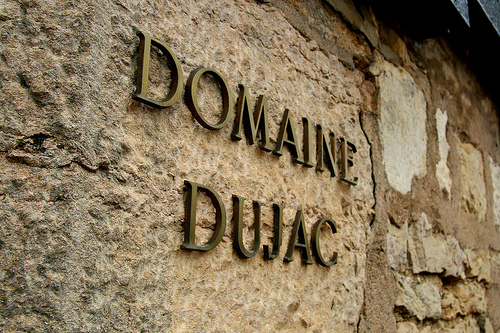 dujac sign 2