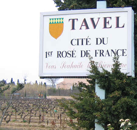 Tavel Sign