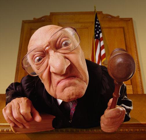here comes da judge