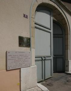 DOMAINE-MUGNERET-GIBOURG entrance